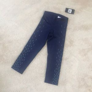 Nike Pro Dry-fit Cropped Leggings. With tags.